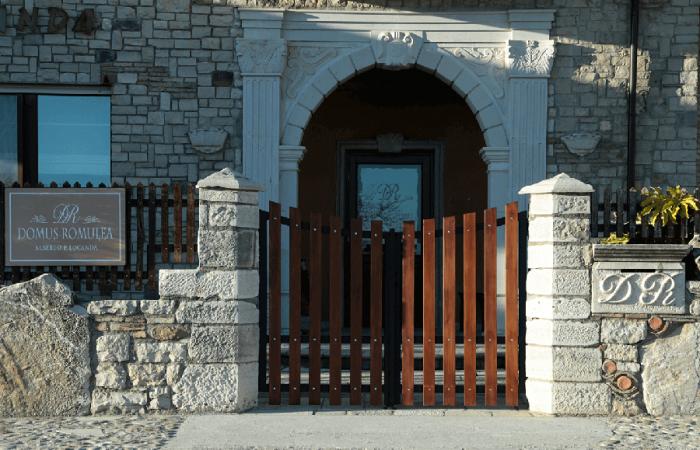 Entrata Domus Romulea Albergo locanda Bisaccia